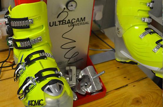 ultracam ski boot stretcher